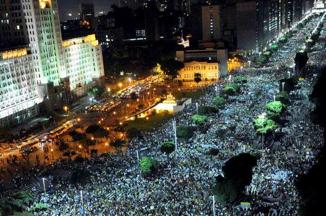 Brasil: Declaración de la corriente internacional Socialismo o Barbarie, 20/06/2013       Un gigante despierta