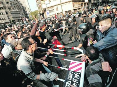 Egipto, Declaración de la corriente internacional Socialismo o Barbarie, 20/08/2013  ¡Basta de masacres! ¡Fuera los militares!  ¡Asamblea Constituyente revolucionaria y democrática!