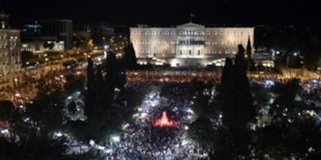 Grecia – Contundente triunfo del NO – Gran victoria popular contra los ajustadores