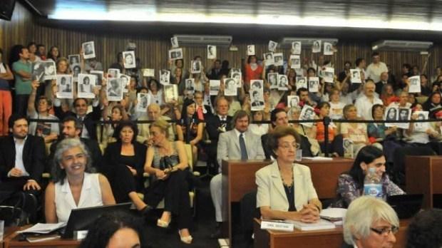 Derechos Humanos: Macri ataca-Perpetua a los 28 de La Perla