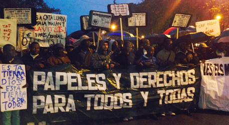 Encierro en Barcelona: Abajo la Ley de Extranjería y la Europa fortaleza