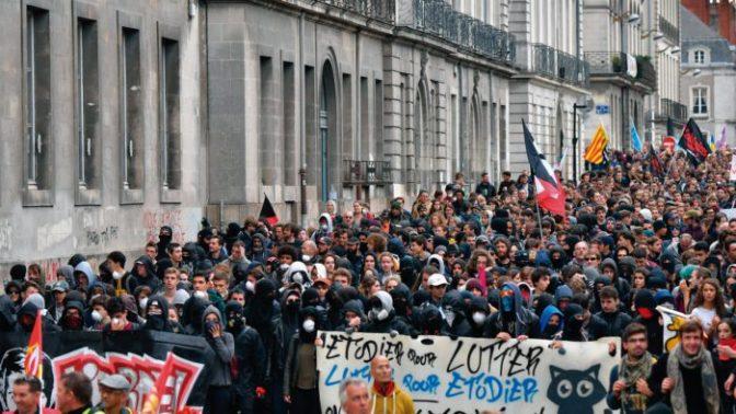 Situación mundial: Giro a la derecha y polarización creciente