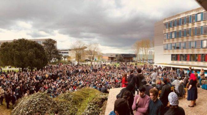 ¡Asamblea de estudiantes y trabajadores por la huelga general!