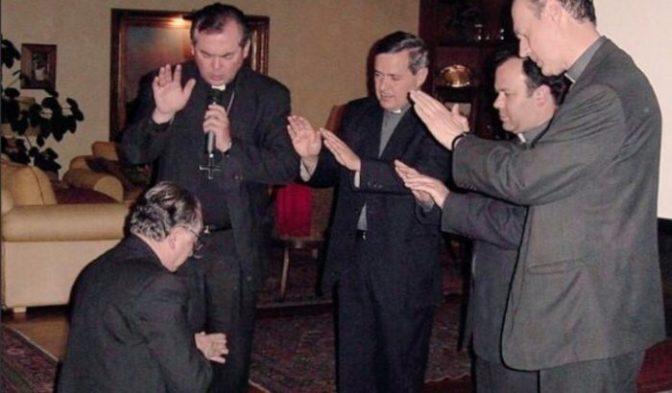 Crisis en la Iglesia Católica chilena