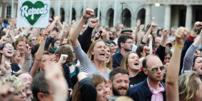 El sí en Irlanda – Un reflejo del ascenso mundial del movimiento de mujeres