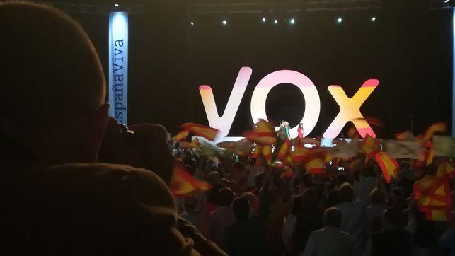 Gobierno reaccionario en Andalucía: la extrema derecha permite que se forme gobierno de Ciudadanos y el PP